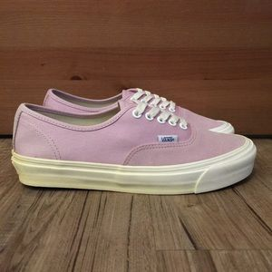 🌸NEW🌸 VANS OG AUTHENTIC LX